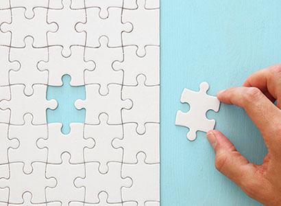 弱点克服をイメージ化したパズルのピース