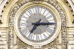 N進法を代表する60進法の時計